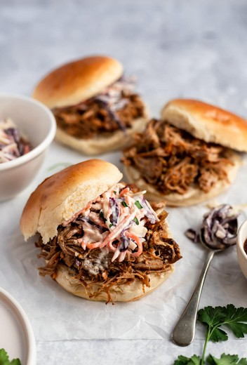 Mrs. Winemaker's Pull Pork Sandwiches